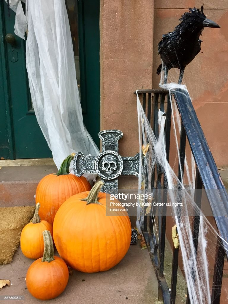 Scary Halloween Decorations In A Residential Area High Res