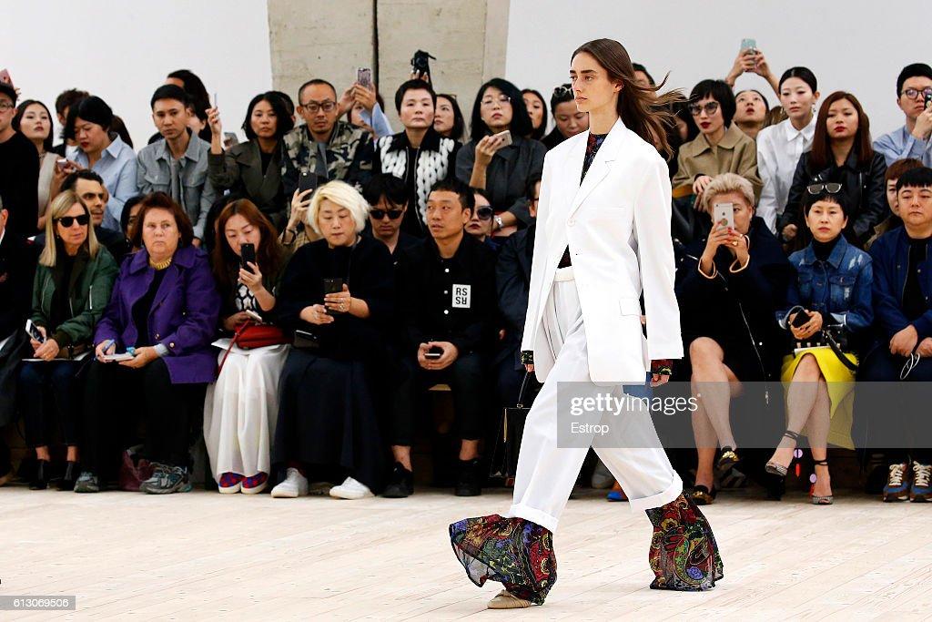 Celine : Details - Paris Fashion Week Womenswear Spring/Summer 2017 : News Photo