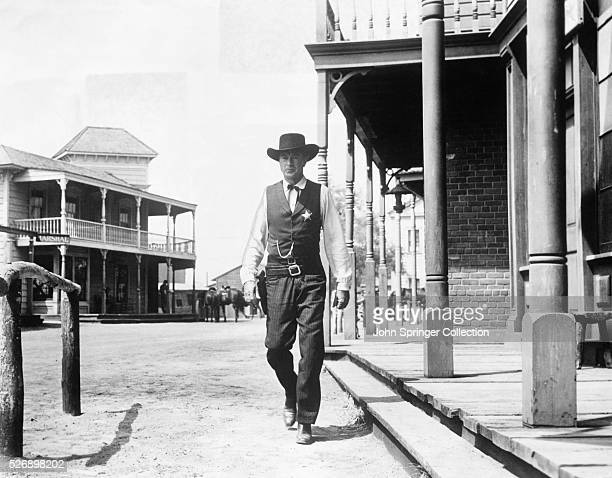 Scene from the 1952 film High Noon