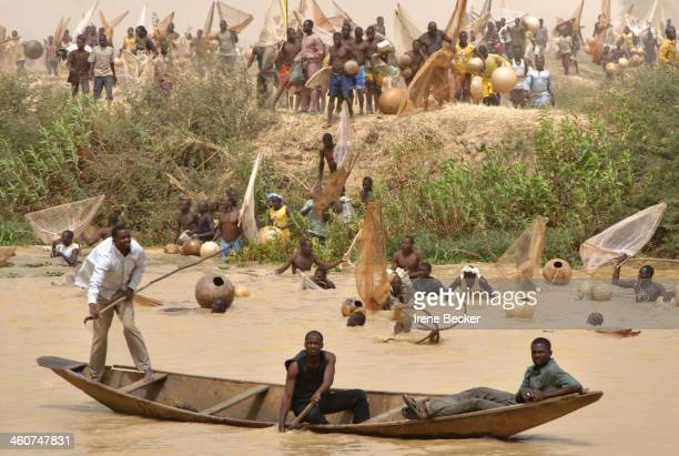 CONTENT] A scene from the 2009 Argungu Fishing Festival