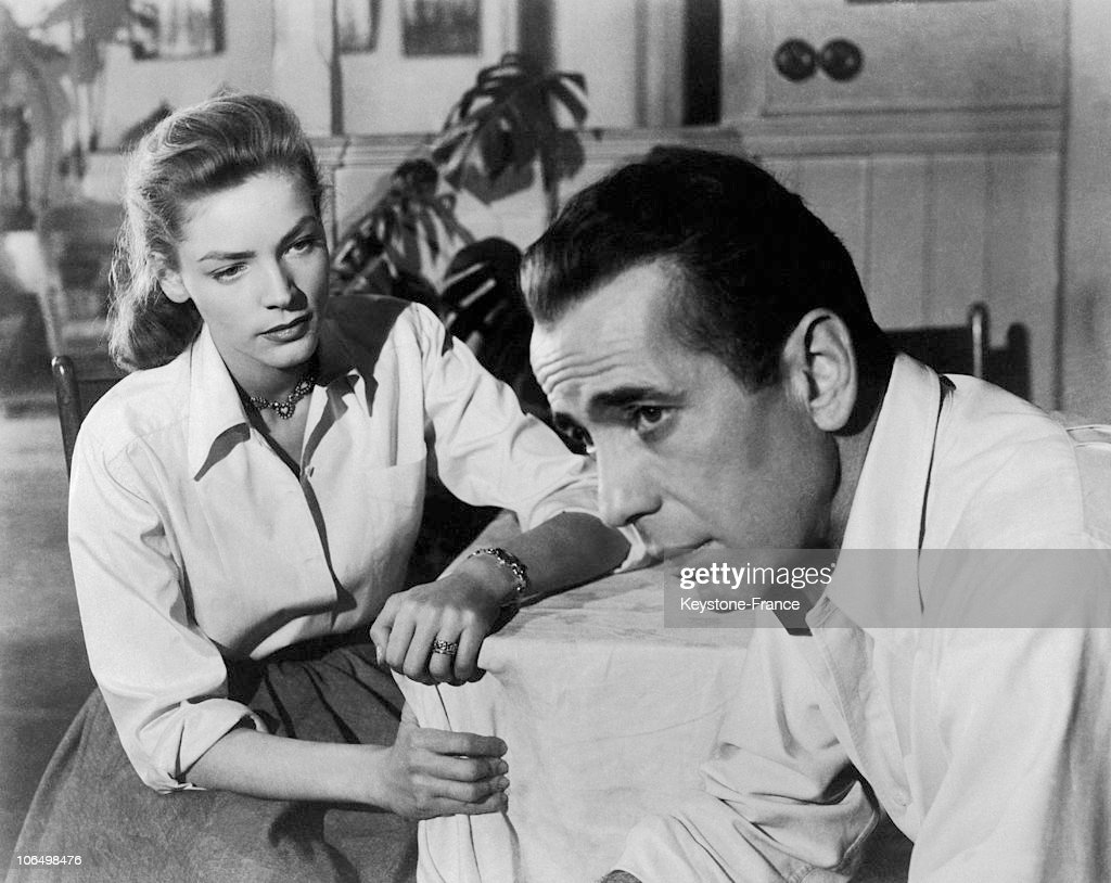 """Lauren Bacall And Humphrey Bogart In """"To Have And Have Not"""" 1944 : News Photo"""