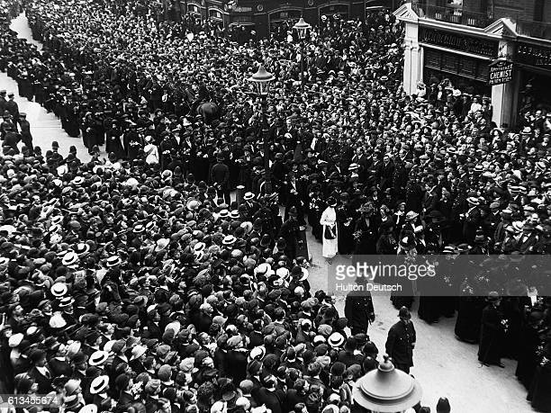 A scene from the funeral procession of Emily Davison the militant suffragette She was killed when she fell under King George V's horse at the 1913...