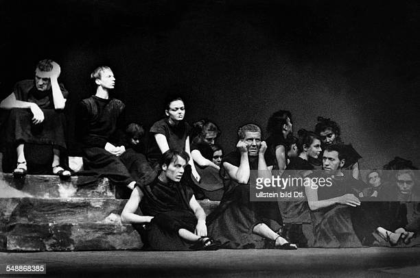Scene from the play 'The Flies' by Jean Paul Sartre Director Juergen Fehling HebbelTheater Photographer Charlotte Willott 1955 Vintage property of...