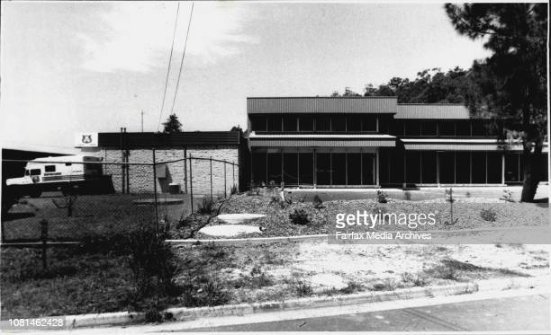 Scene of 5 Million Dollars Robbery Bid at Yandina Street West Gosford Chicken wire fence dividing lots unit no 2 is 1st on right December 30 1989