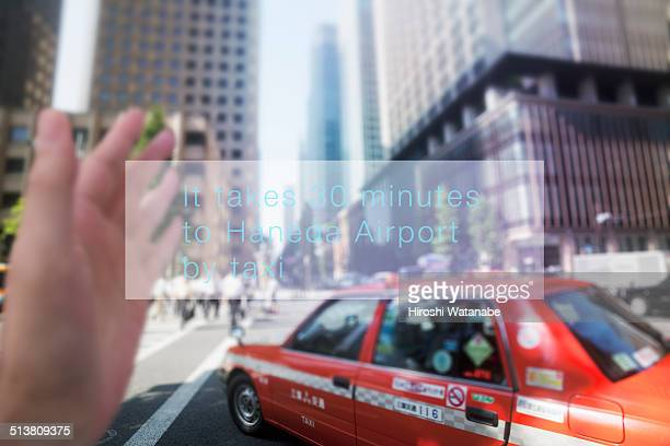 Scene of taking a taxi, talking with smart glasses