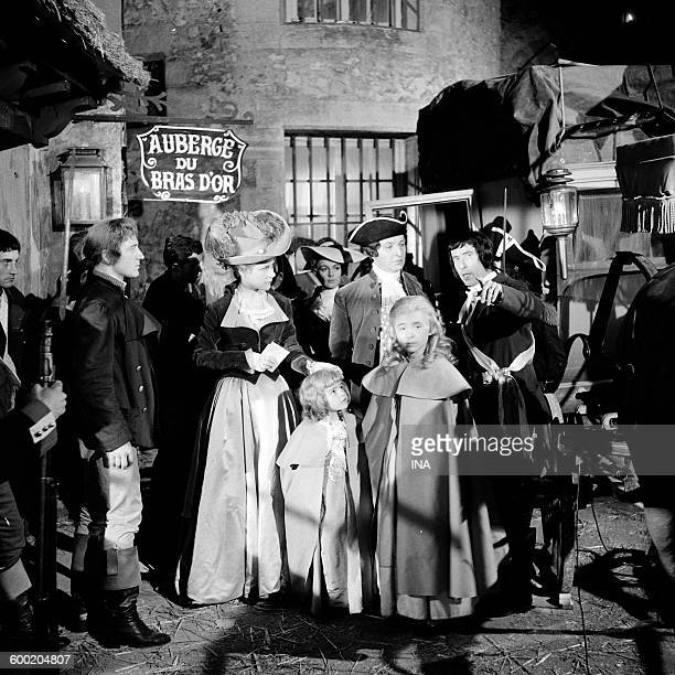A scene of The Night of Varennes with Eléonore Hirt and Robert Lombard fiction realized by Stellio Lorenzi for the series The Camera explores the time
