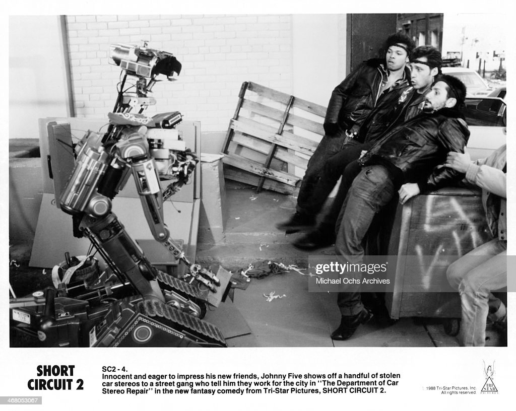 A Scene On Set Of The Movie Short Circuit 2 Circa 1988 News Shortcircuit2 Photo