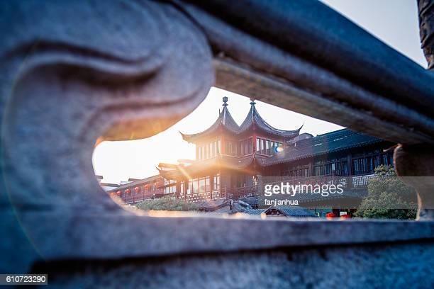 A scene outside Fuzimiao Temple