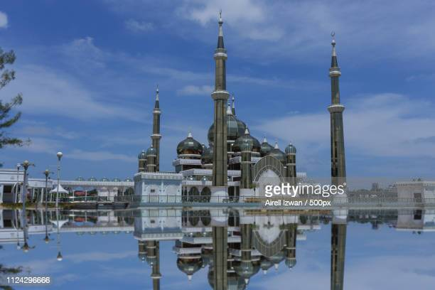 scenery of crystal mosque terengganu - crystal mosque stock pictures, royalty-free photos & images