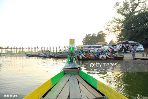 scenery of u bein bridge, mandalay, myanmar - teak wood material stock pictures, royalty-free photos & images