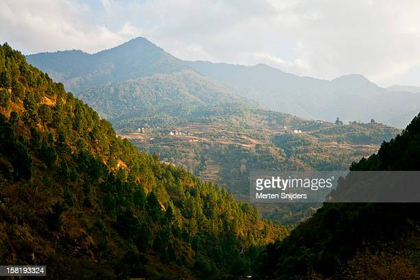 scenery towards samtengang - merten snijders stock pictures, royalty-free photos & images