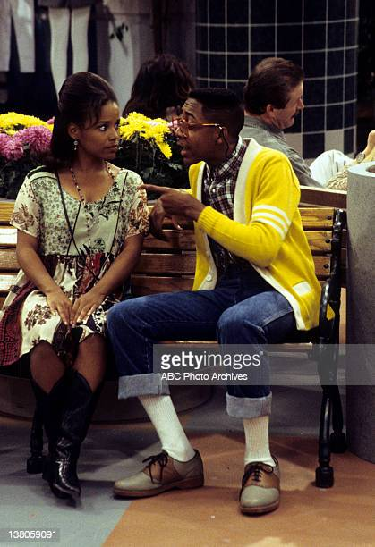 MATTERS Scenes from a Mall Airdate December 17 1993 MICHELLE