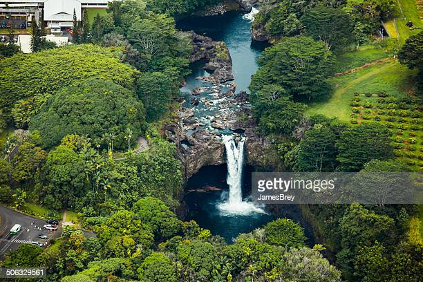 scenic rainbow falls, hawaii, aerial view - water fall hawaii stock pictures, royalty-free photos & images