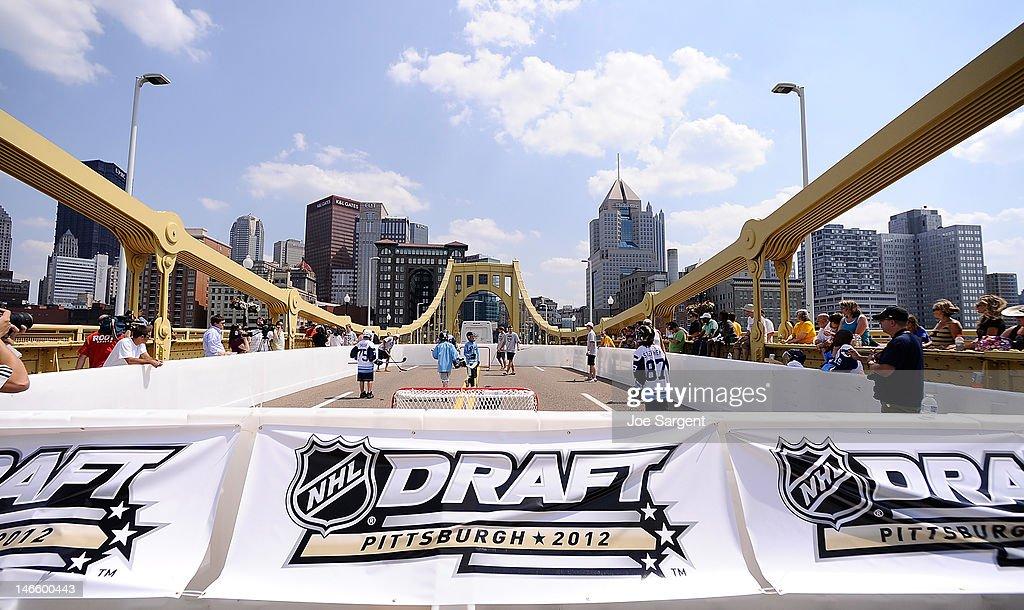 Scenic shot of a Dek Hockey rink on the Clemente Bridge on