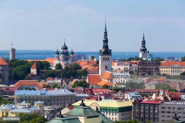 scenic summer aerial panorama of the old town in tallinn, estonia - エストニア ストックフォトと画像