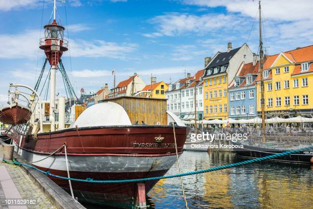 scenic summer view of nyhavn pier. - nyhavn stock pictures, royalty-free photos & images