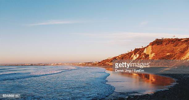 scenic view of beach against sky - rancho palos verdes stock pictures, royalty-free photos & images