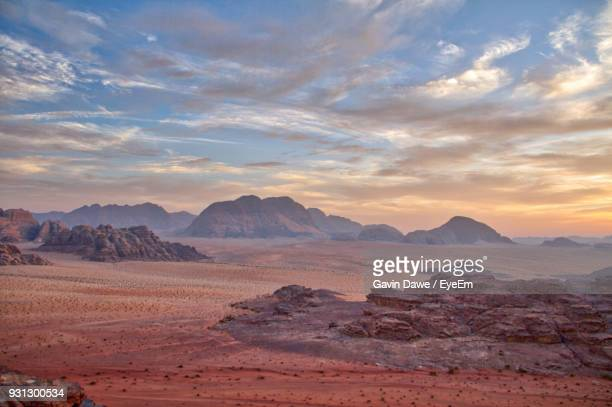 scenic view of desert against sky during sunset - jordan middle east stock pictures, royalty-free photos & images
