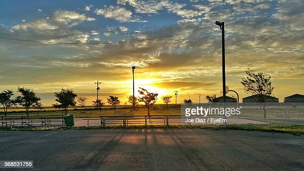 scenic view of dramatic sky during sunset - moody sky stock pictures, royalty-free photos & images