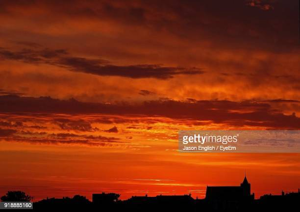 scenic view of dramatic sky during sunset - red sky stock pictures, royalty-free photos & images