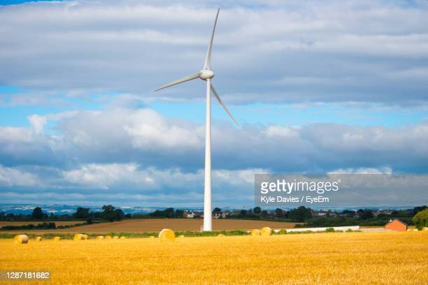scenic view of field against cloudy sky - nottingham stock pictures, royalty-free photos & images