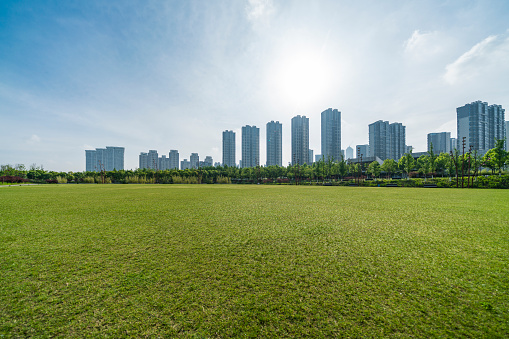 Scenic View Of Field Against Cloudy Sky - gettyimageskorea