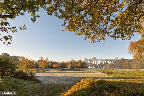 scenic view of field against sky during autumn - hemel hempstead stock photos and pictures