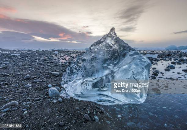 scenic view of frozen sea against sky during sunset - 高ダイナミックレンジ画法 ストックフォトと画像