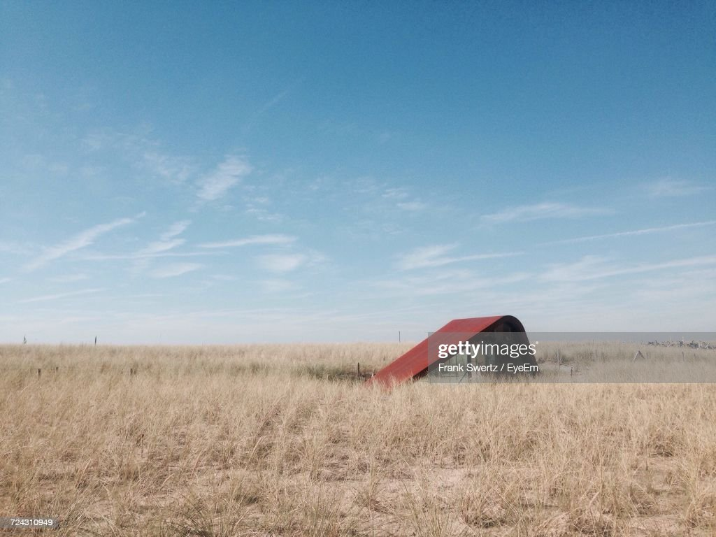Scenic View Of Grassy Field Against Clear Sky : Stock-Foto