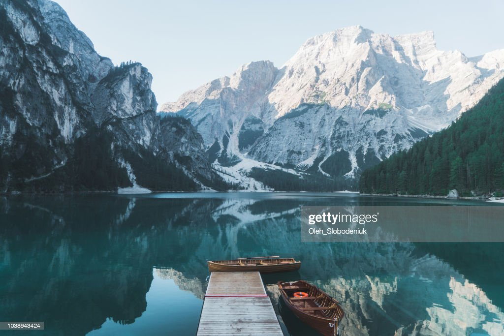 Scenic view of Lago di Braies  in Dolomites : Foto stock