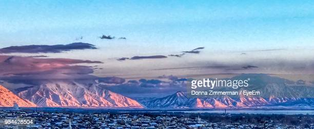 scenic view of lake against sky during winter - lehi foto e immagini stock