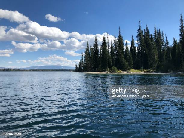 scenic view of lake against sky - beaver creek colorado stock pictures, royalty-free photos & images
