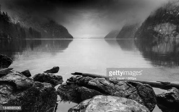 scenic view of lake against sky - andy dauer stock pictures, royalty-free photos & images