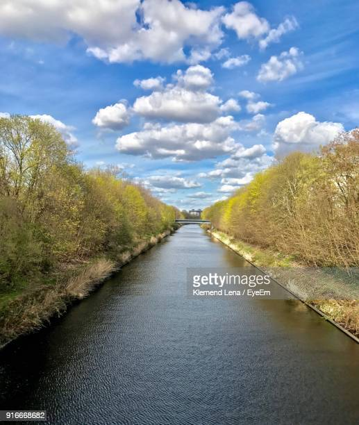 scenic view of lake against sky - teltow canal stock pictures, royalty-free photos & images