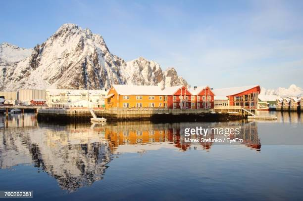 scenic view of lake and mountains against sky - marek stefunko stock pictures, royalty-free photos & images