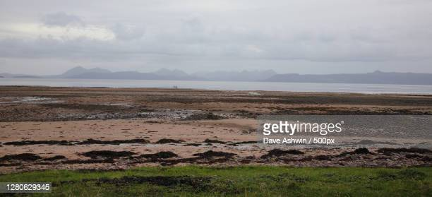 scenic view of land against sky,applecross,strathcarron,united kingdom,uk - dave ashwin stock pictures, royalty-free photos & images