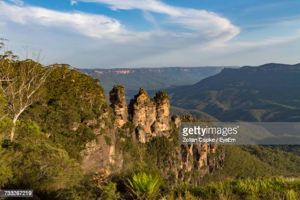 scenic view of landscape against cloudy sky - blue mountains national park stock pictures, royalty-free photos & images