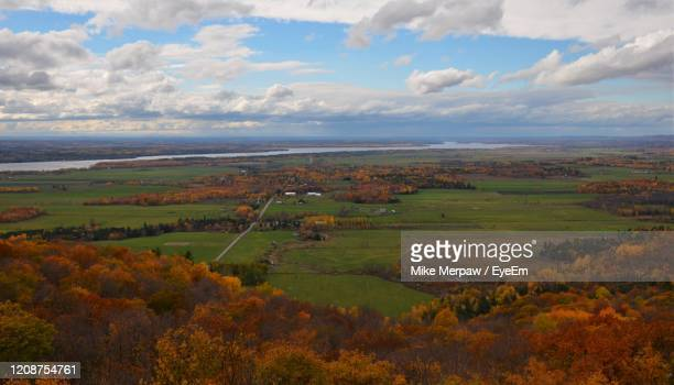 scenic view of landscape against sky during autumn - ガティノー ストックフォトと画像