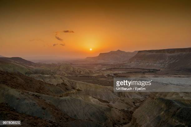scenic view of landscape against sky during sunset - barulho stock pictures, royalty-free photos & images