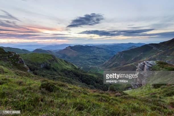 scenic view of landscape against sky during sunset,burgos,spain - burgos stock-fotos und bilder