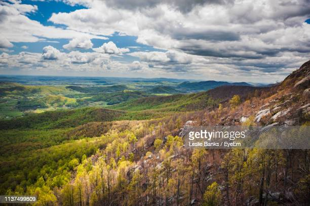 scenic view of landscape against sky - shenandoah_national_park stock pictures, royalty-free photos & images