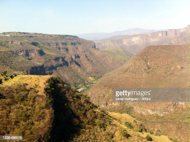 scenic view of landscape against sky,guadalajara,mexico - delstaten jalisco bildbanksfoton och bilder