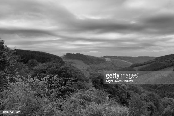scenic view of landscape against sky,united kingdom,uk - nigel owen stock pictures, royalty-free photos & images
