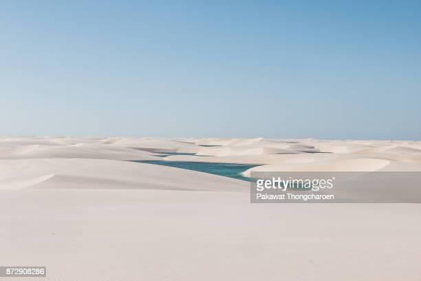 scenic view of lencois maranhenses, brazil - oasis fotografías e imágenes de stock
