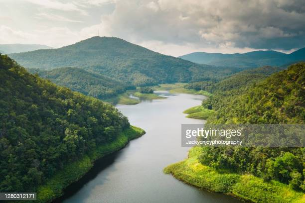 scenic view of mae arb reservoir and mountains against sky ,thoen ,lampang , thailand - nature stock pictures, royalty-free photos & images