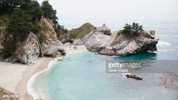 scenic view of mcway falls - mcway falls stock pictures, royalty-free photos & images