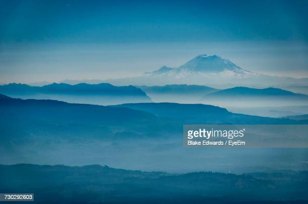 scenic view of mount baker against sky - cascade range stock pictures, royalty-free photos & images