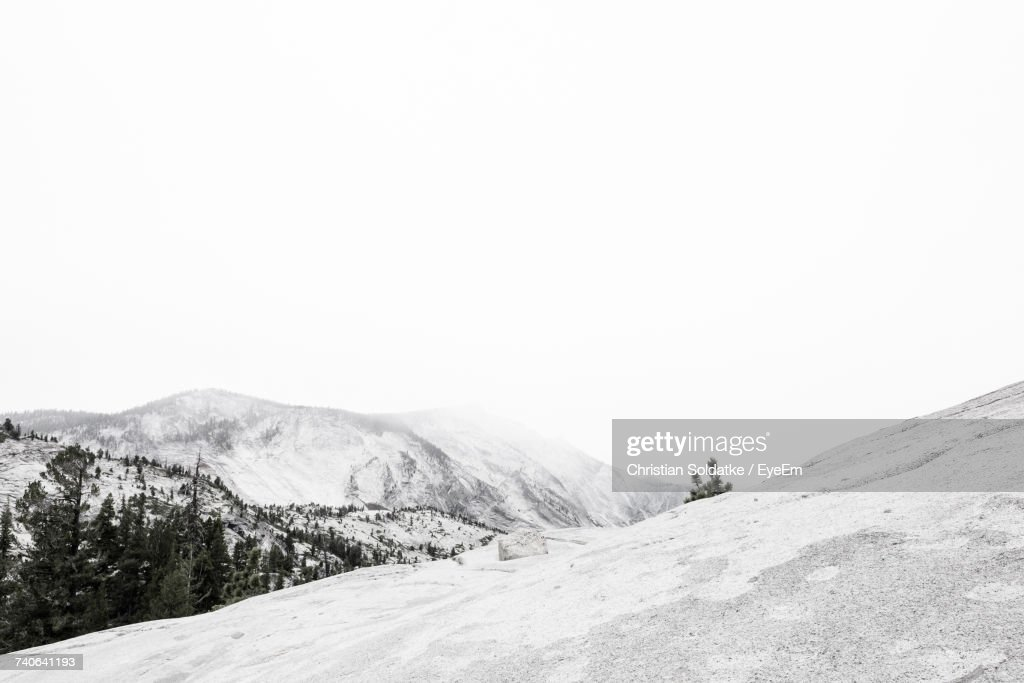 Scenic View Of Mountains Against Clear Sky : Foto de stock