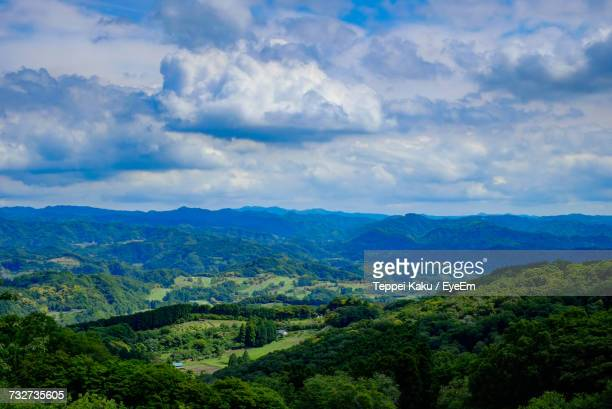 scenic view of mountains against cloudy sky - 千葉県 ストックフォトと画像