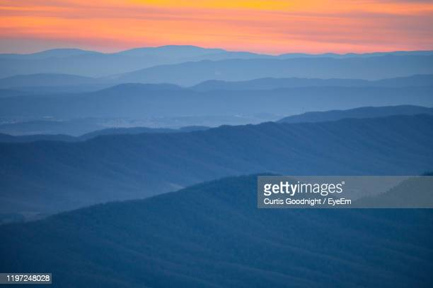 scenic view of mountains against sky during sunset - アメリカ大西洋岸中部 ストックフォトと画像
